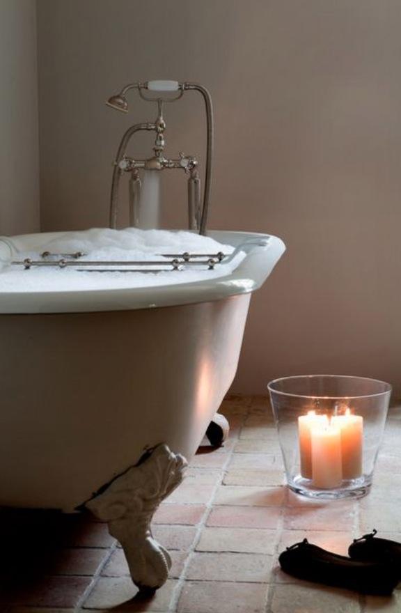Péntek: forró fürdő